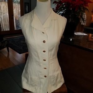Chanel vest extra pictures Perfect Condition